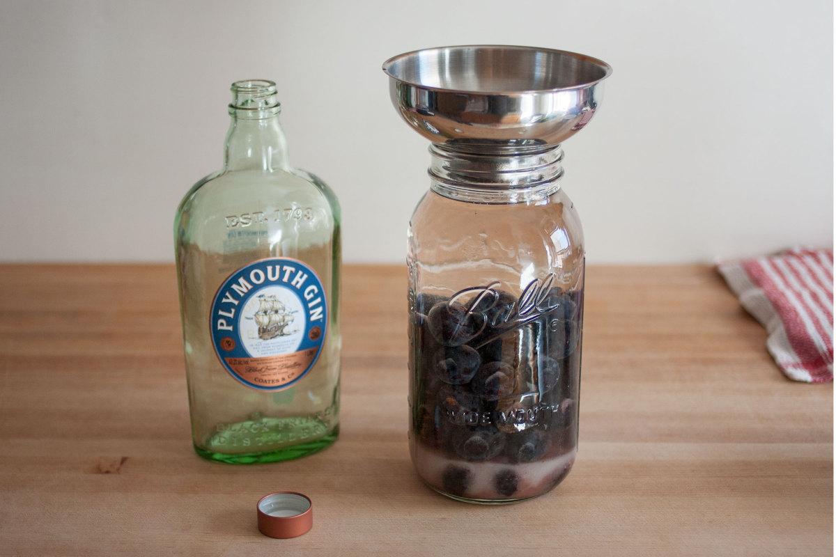 Making damson gin