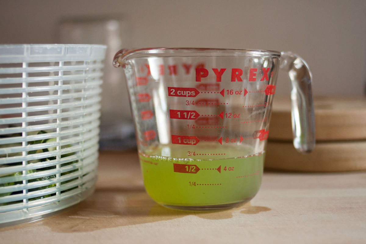 Juice from cucumbers for refrigerator pickles