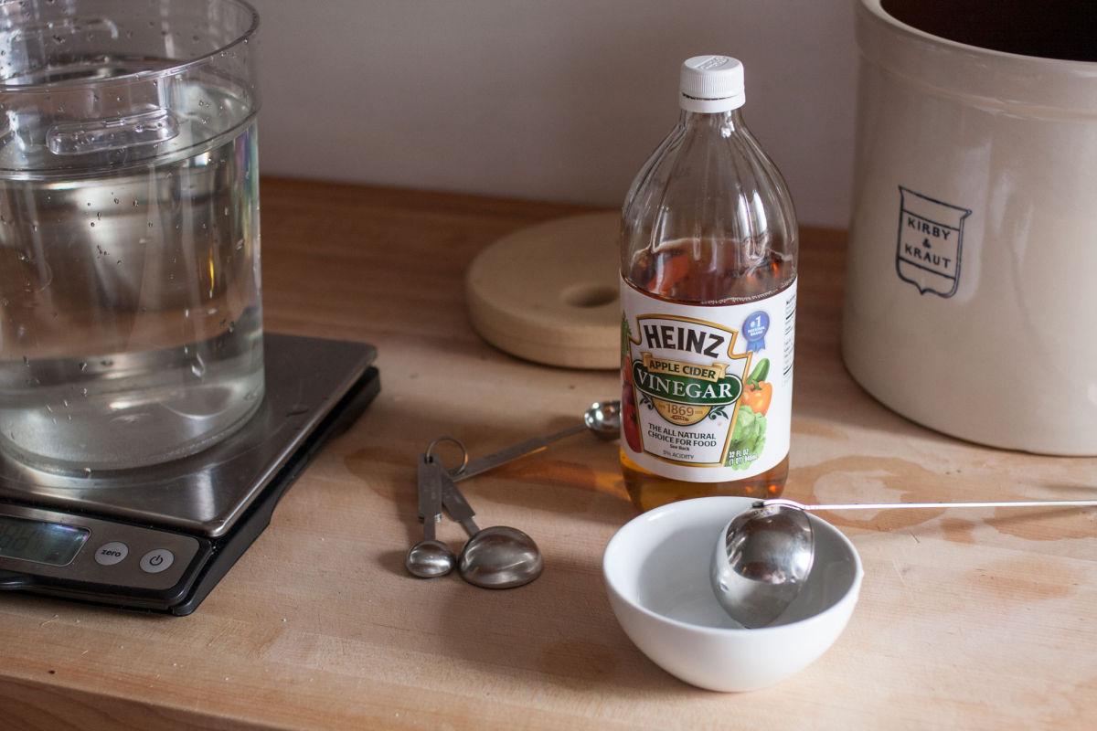 Mixing picking brine